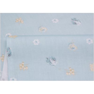 067 Мелкие розы на пыльно - голубом